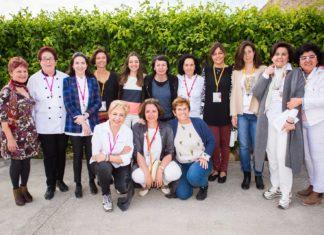 Las mujeres cocineras, productoras, proveedoras y periodistas tomaron las riendas del Foro Profesional de Gastronomía y posaron en el intermedio. Aisha Bonet